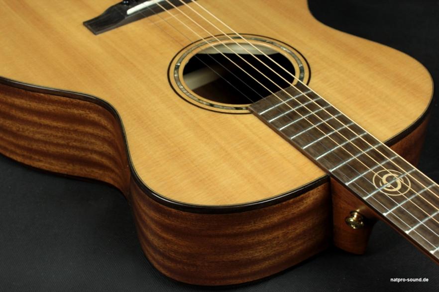 Akustische_Gitarre_Westerngitarre__Dove_O-Serie_-FS-52_9