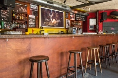 Dreiegg / Raucher Bar